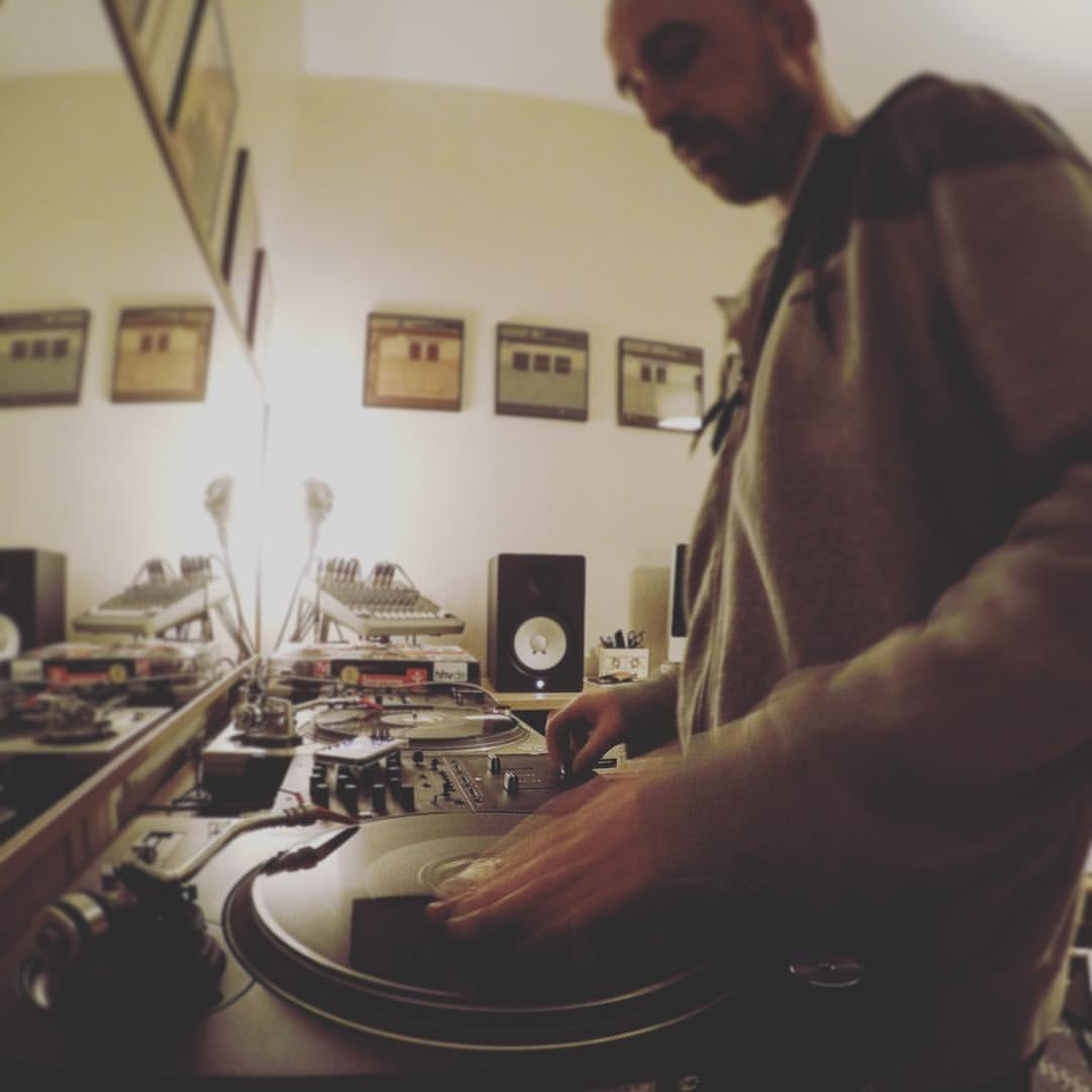 DJ P  (Lyon) - l'Amnésie